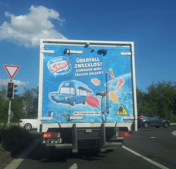 nestle-schoeller-eiswagen-ueberfall-zwecklos
